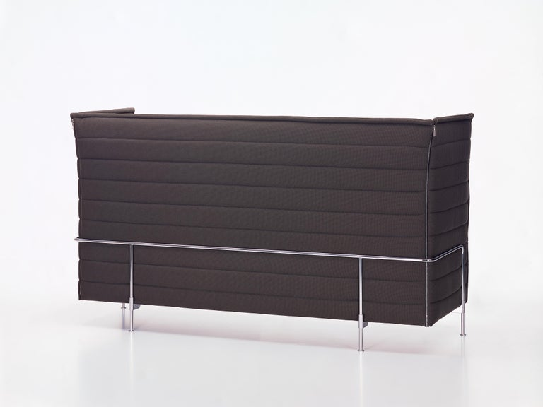 These products are only available in the United States.  A sofa can go beyond being a mere piece of furniture to become a room within a room. This was the idea that inspired Ronan and Erwan Bouroullec in their design of the Alcove Sofa. With its