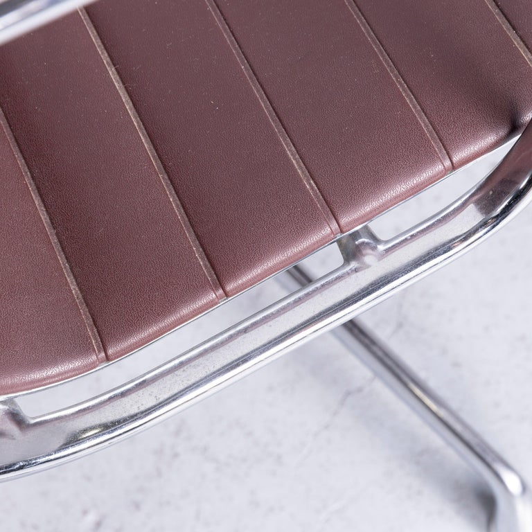 Vitra EA 108 Designer Leather Chair Brown Chrome In Good Condition In Cologne, DE