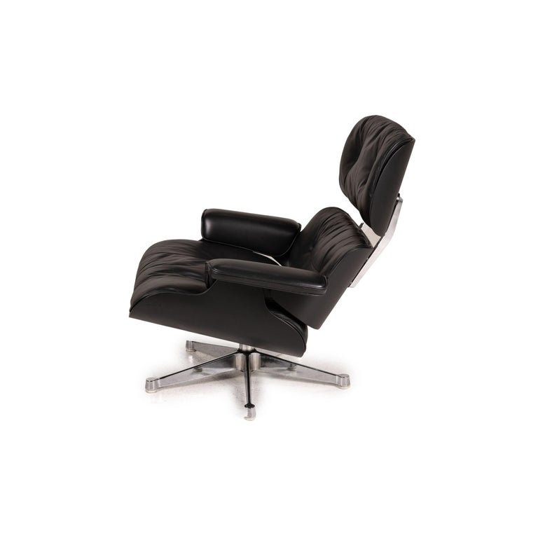 Vitra Eameas lounge leather armchair black including ottoman For Sale 7