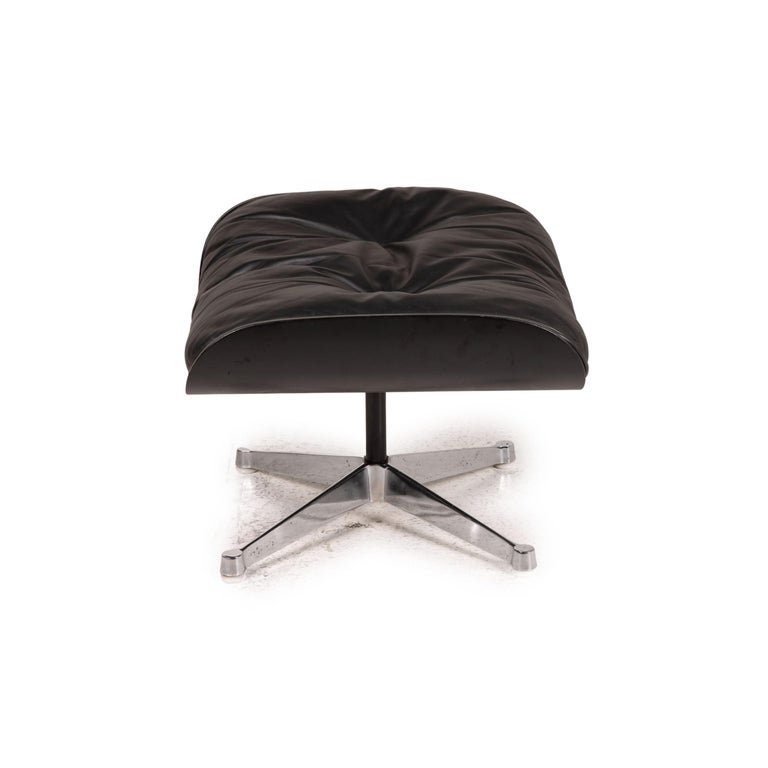 Vitra Eameas lounge leather armchair black including ottoman For Sale 8