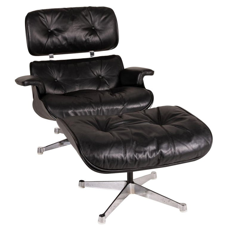 Vitra Eameas lounge leather armchair black including ottoman For Sale