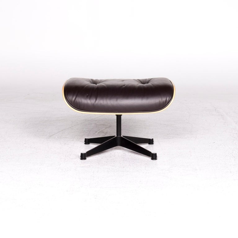 Vitra Eames Lounge Chair Leather Stool Brown Charles & Ray Eames Chair For Sale 5