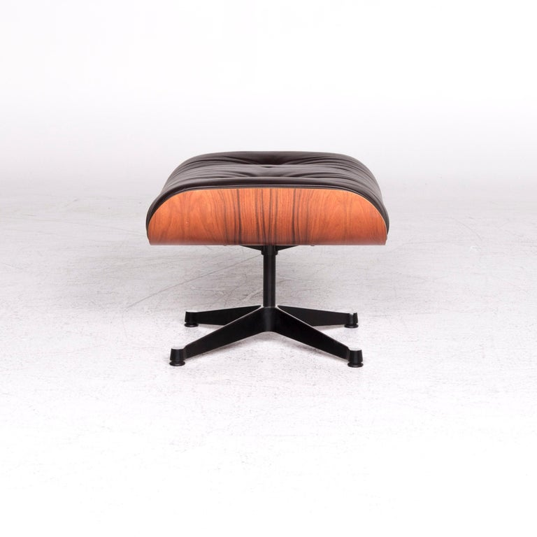 Vitra Eames Lounge Chair Leather Stool Brown Charles & Ray Eames Chair For Sale 6