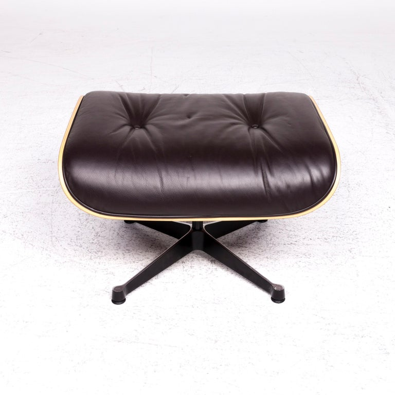 Vitra Eames Lounge Chair Leather Stool Brown Charles & Ray Eames Chair For Sale 1