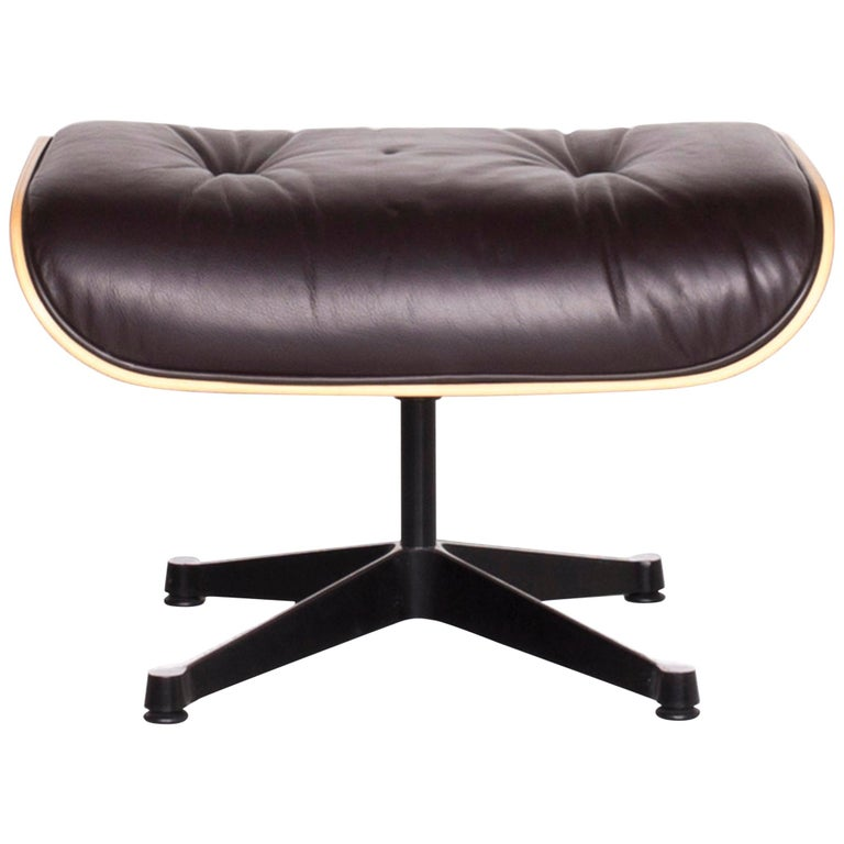 Vitra Eames Lounge Chair Leather Stool Brown Charles & Ray Eames Chair For Sale