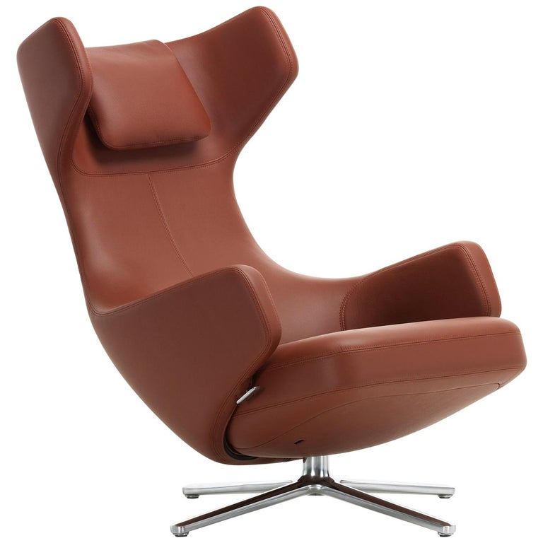 Vitra Grand Repos Lounge Chair in Brandy Leather Premium by Antonio Citterio For Sale