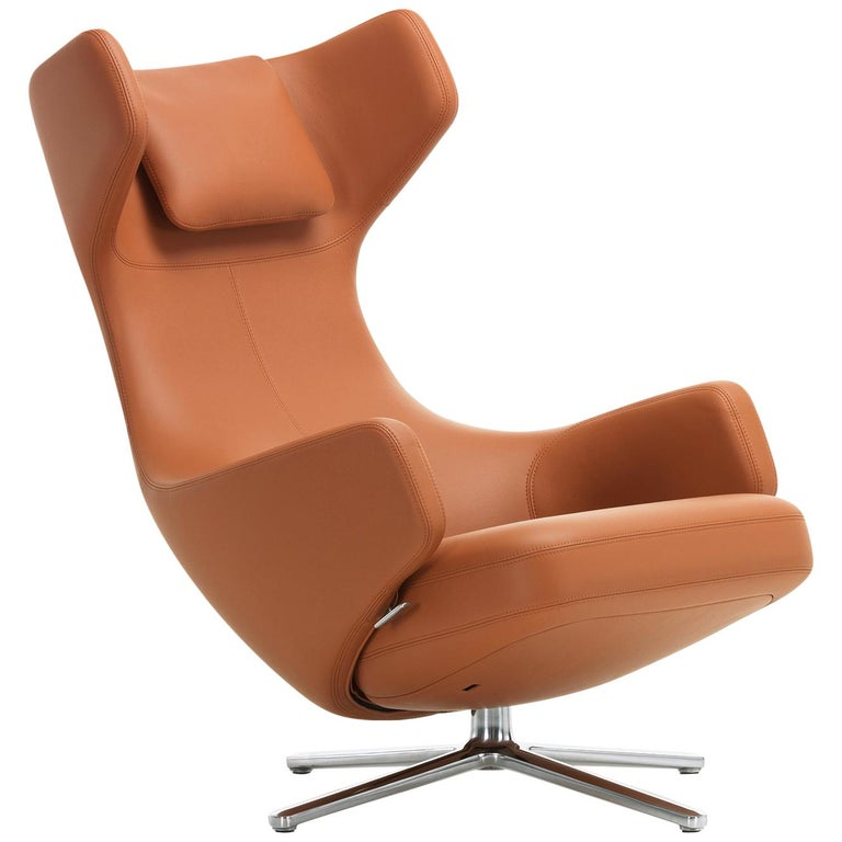 Vitra Grand Repos Lounge Chair in Cognac Leather Premium by Antonio Citterio For Sale