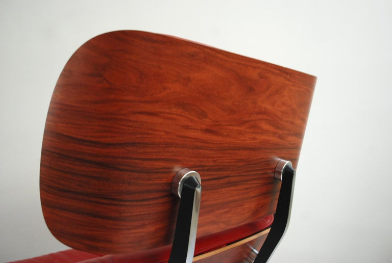 Vitra Lounge Chair Red Leather Santos Rosewood Charles/ Ray Eames, 2007 5