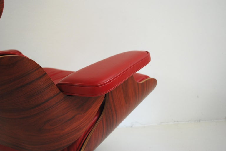 Vitra Lounge Chair Red Leather Santos Rosewood Charles/ Ray Eames, 2007 6