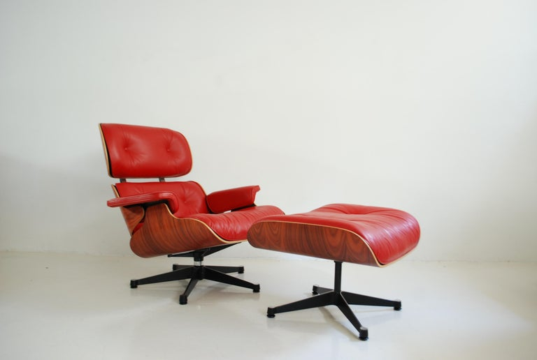 Vitra Lounge Chair Red Leather Santos Rosewood Charles/ Ray Eames, 2007 7