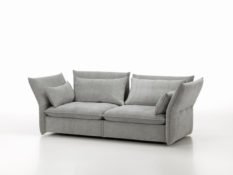 Metal Vitra Mariposa 2 1/2-Seat Sofa in Silver Grey by Edward Barber & Jay Osgerby For Sale
