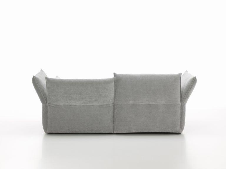 Modern Vitra Mariposa 2 1/2-Seat Sofa in Silver Grey by Edward Barber & Jay Osgerby For Sale