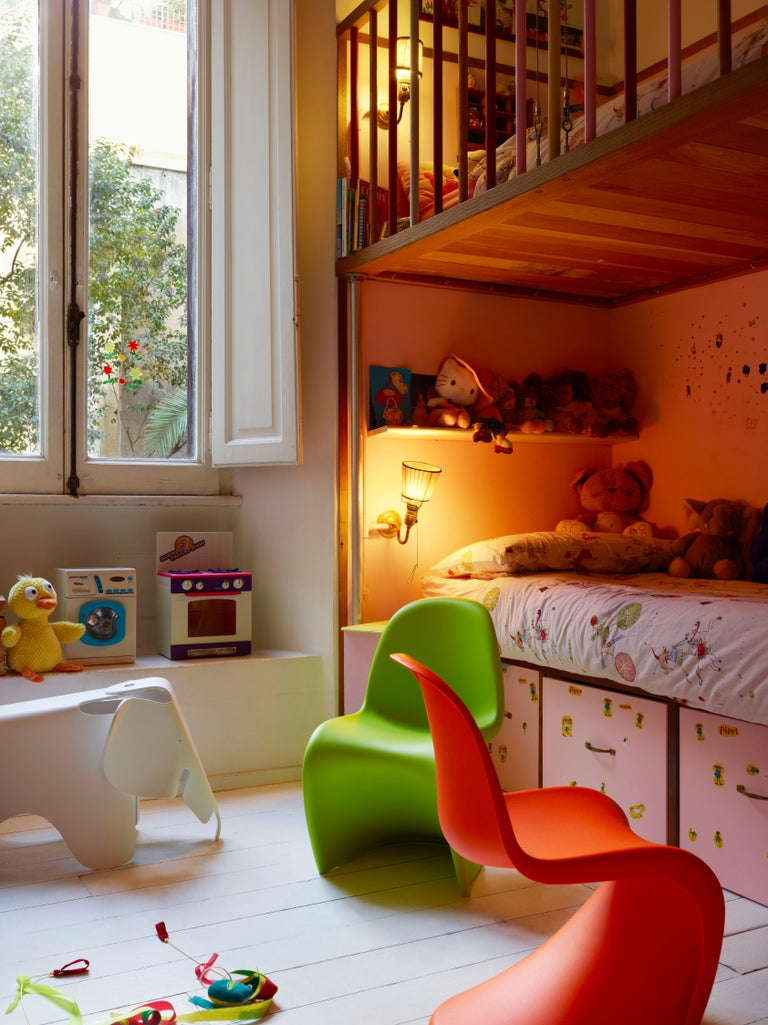 These items are currently only available in the United States.  With its bright, cheerful colors and smooth curves, the Panton chair has always been a favorite of children – both as a chair and as a plaything. This led Verner Panton to consider the