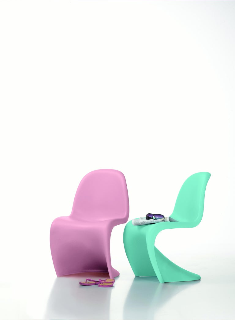 Molded Vitra Panton Junior Chair in Light Pink by Verner Panton For Sale