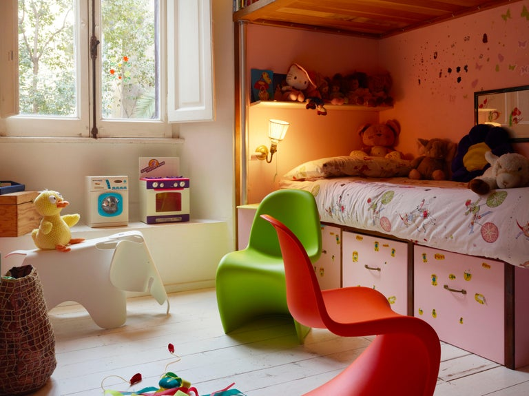 Vitra Small Eames Elephant in Buttercup by Charles & Ray Eames For Sale 3