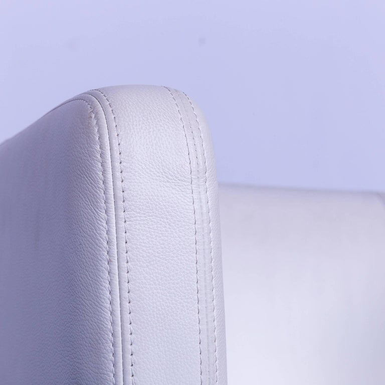 Vitra Suita Leather Armchair White One-Seat In Good Condition In Cologne, DE