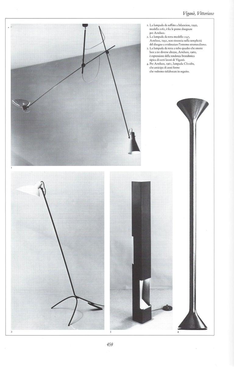 Vittoriano Vigano for Arteluce Rare Floor Lamp Model 1047 For Sale 6