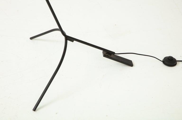 Vittoriano Vigano for Arteluce Rare Floor Lamp Model 1047 For Sale 3