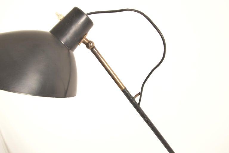 20th Century Vittoriano Vigano for Arteluce Rare Italian Floor Lamp Model 1047 For Sale