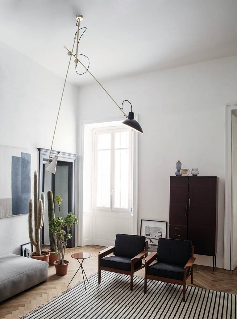 Mid-Century Modern Vittoriano Viganò 'VV Suspension' Lamp in Black, White and Brass For Sale