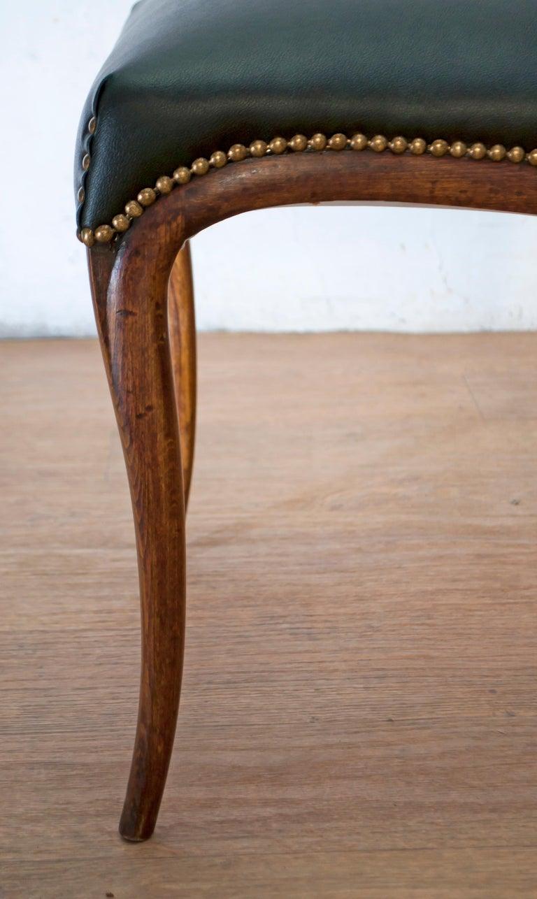 Vittorio Dassi Mid-Century Modern Italian Walnut Eight Dining Chairs, 1950s For Sale 11