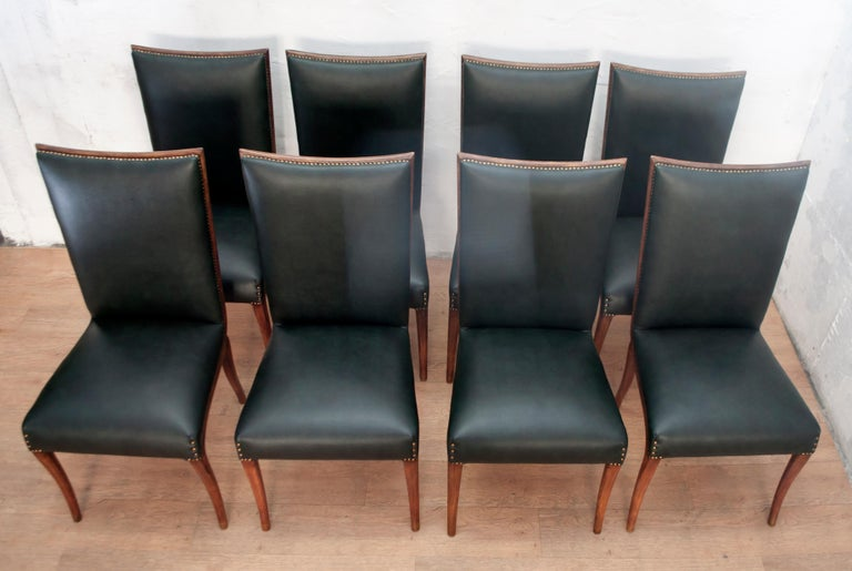 Vittorio Dassi Mid-Century Modern Italian Walnut Eight Dining Chairs, 1950s For Sale 1