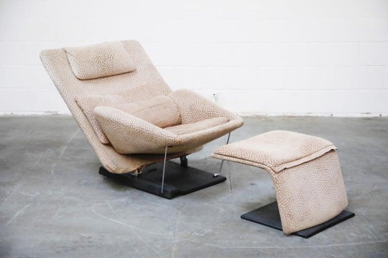 Modern Vittorio Introini for Saporiti Italia Reclining Lounge Chair and Ottoman, 1970s For Sale
