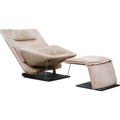 Vittorio Introini for Saporiti Italia Reclining Lounge Chair and Ottoman, 1970s