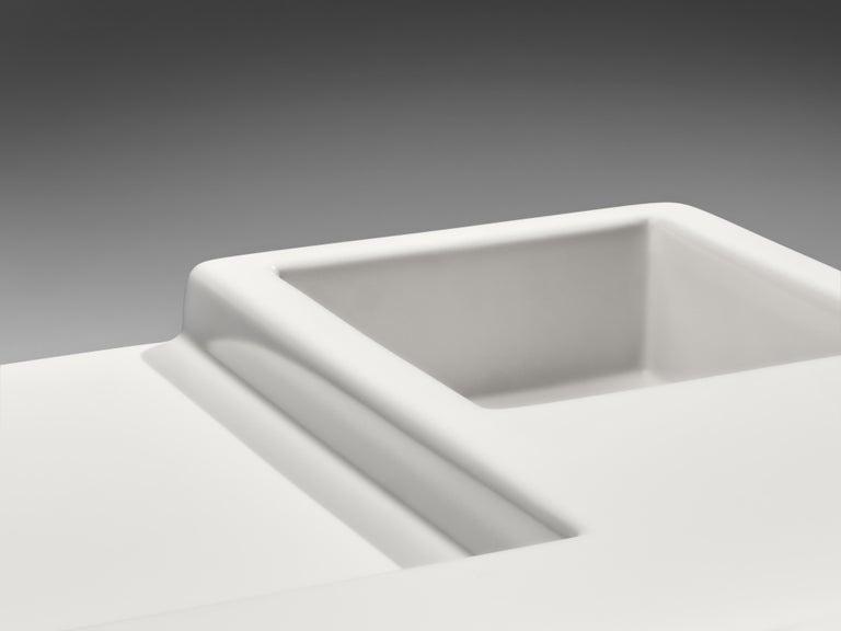 Vittorio Introini for Saporiti Rare Sculptural Desk in Fiberglass For Sale 4