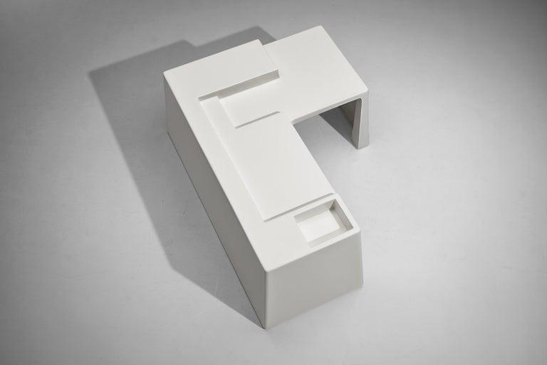 Vittorio Introini for Saporiti Rare Sculptural Desk in Fiberglass For Sale 5