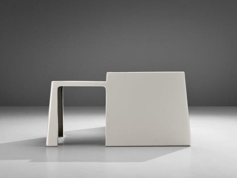 Vittorio Introini for Saporiti Rare Sculptural Desk in Fiberglass For Sale 3