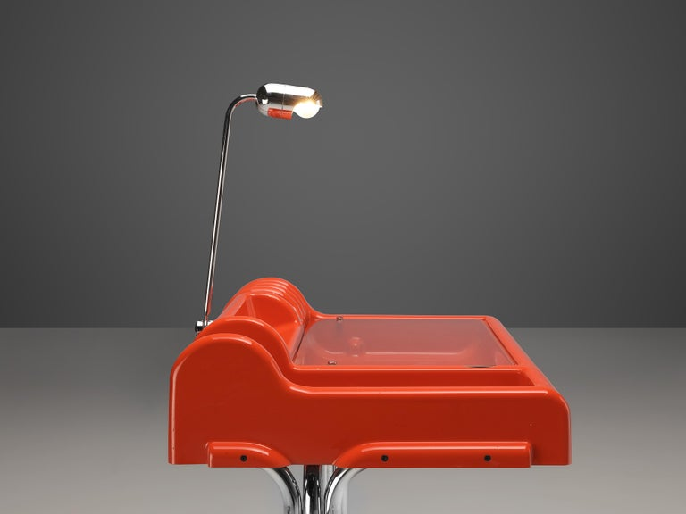 Late 20th Century Vittorio Parigi & Nani Prina Red 'Orix' Desk with Lamp For Sale