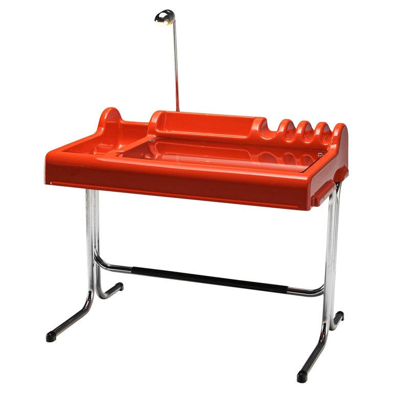 Vittorio Parigi & Nani Prina Red 'Orix' Desk with Lamp For Sale