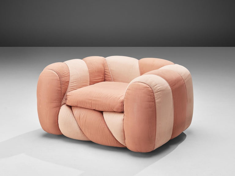 Vivai del Sud Lounge Chair in Pink Fabric Upholstery In Good Condition For Sale In Waalwijk, NL