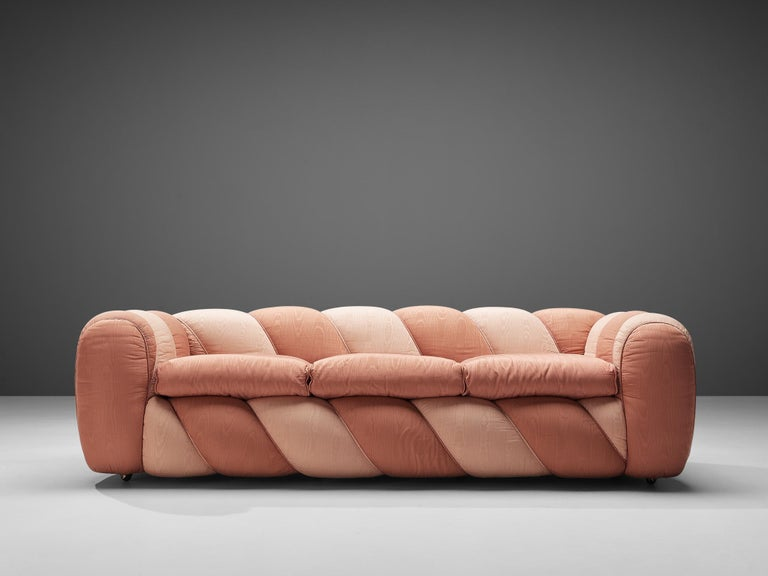 Vivai del Sud Sofa in Pink Fabric Upholstery In Good Condition For Sale In Waalwijk, NL