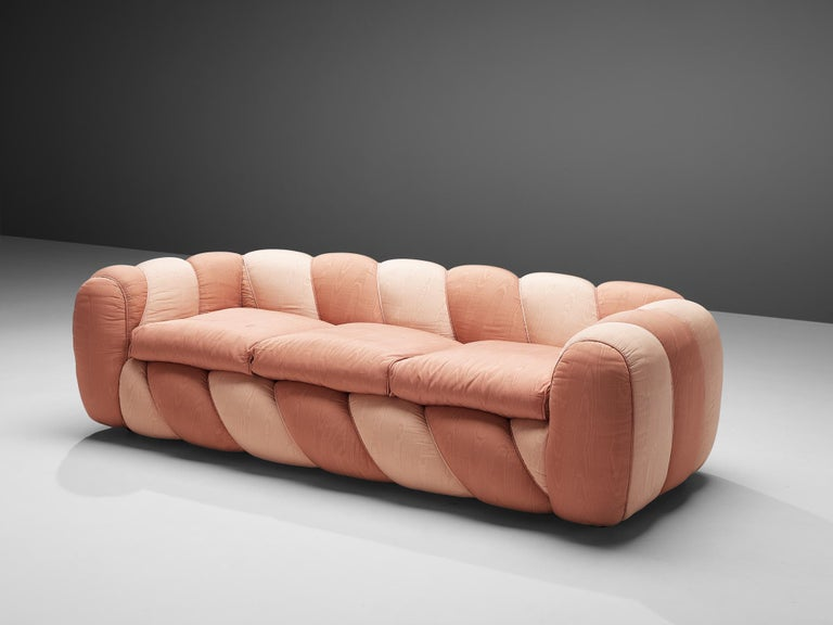 Vivai del Sud Sofa in Pink Fabric Upholstery For Sale 1