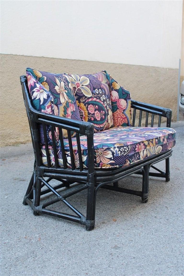 Mid-Century Modern Vivai del Sud Sofà Italian Design 1970s Flowers Black Multi-Color Bamboo For Sale