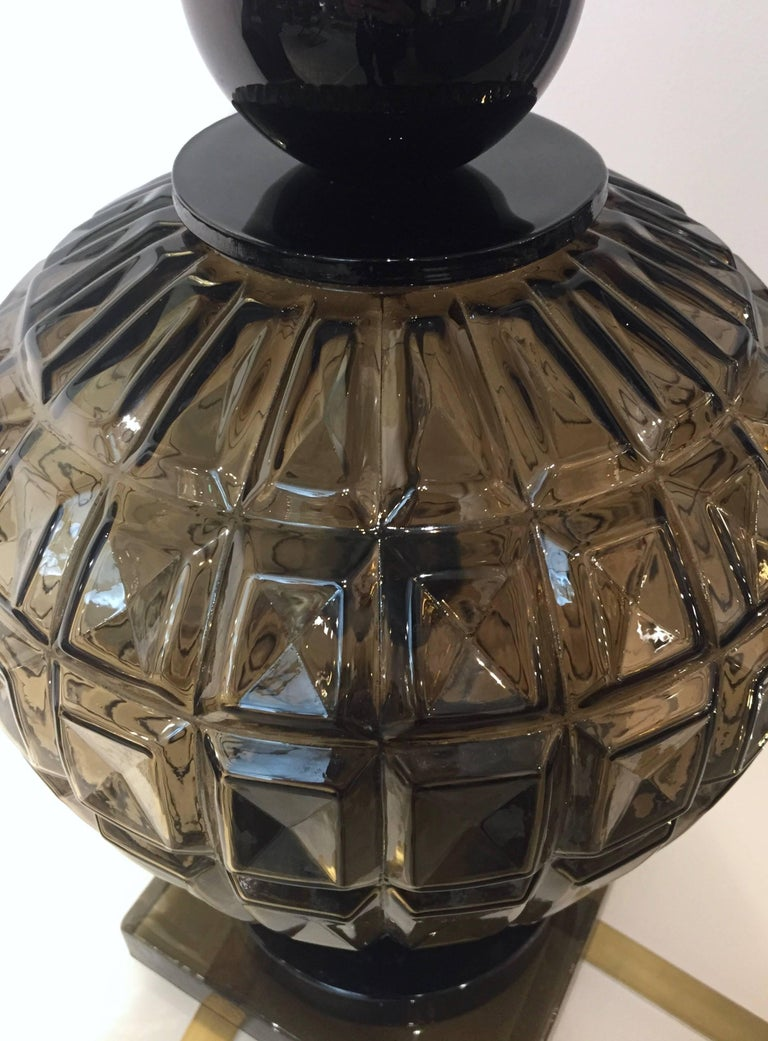 Hand-Crafted Vivarini 1970s Italian One-of-a-Kind Pair of Black and Smoked Murano Glass Lamps For Sale