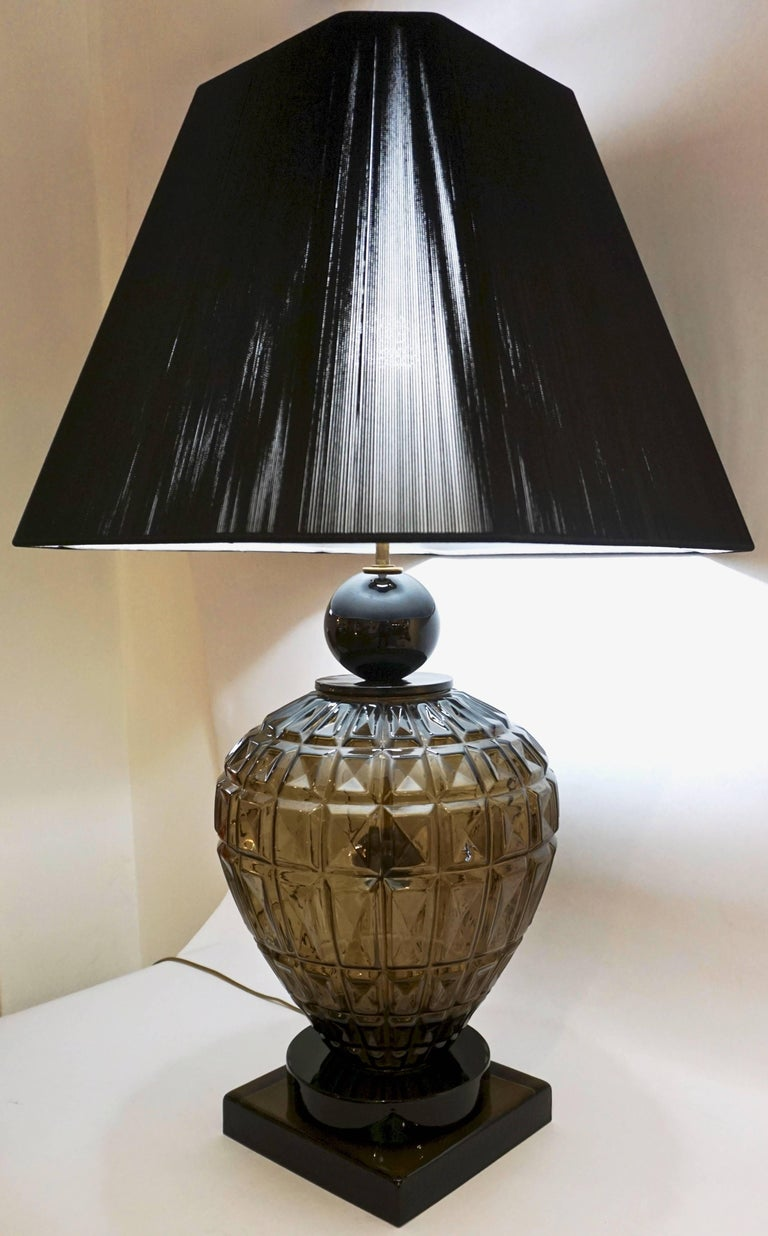 20th Century Vivarini 1970s Italian One-of-a-Kind Pair of Black and Smoked Murano Glass Lamps For Sale