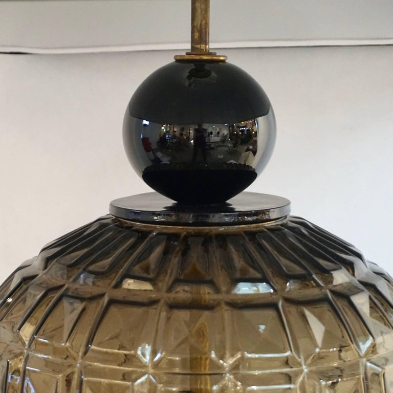 Vivarini 1970s Italian One-of-a-Kind Pair of Black and Smoked Murano Glass Lamps For Sale 1