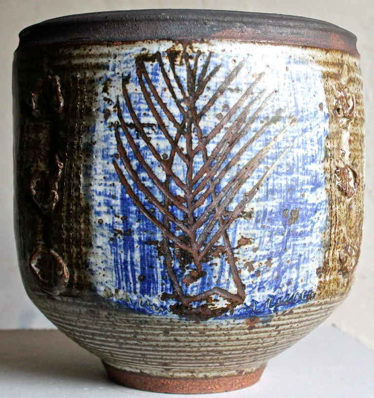 American Viveka and Otto Heino Large Hand Thrown Ceramic Bowl