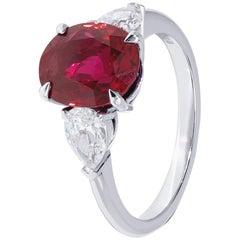 Vivid 3.17 Carat Red Ruby Ring with White Diamonds on Platinum