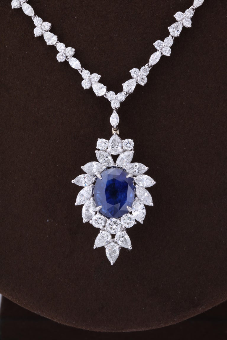 Women's or Men's Vivid Blue Ceylon Sapphire and Diamond Pendant Necklace For Sale