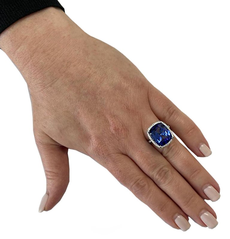 Cushion Cut Vivid Diamonds 10.66 Carat Tanzanite Ring For Sale