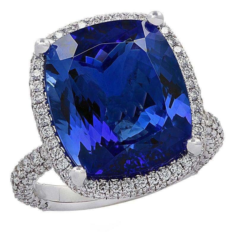 Women's Vivid Diamonds 10.66 Carat Tanzanite Ring For Sale