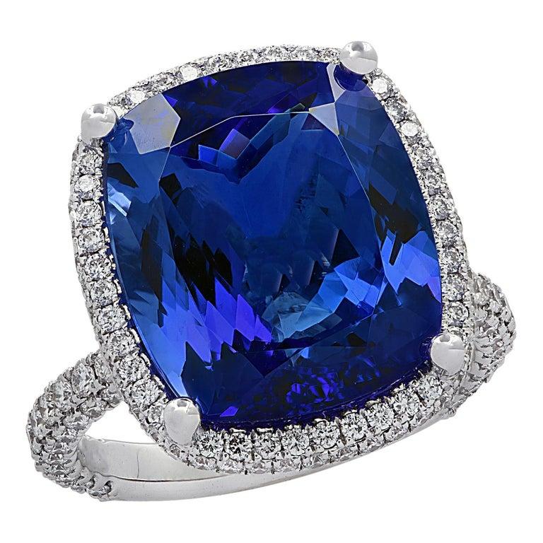 Vivid Diamonds 10.66 Carat Tanzanite Ring For Sale