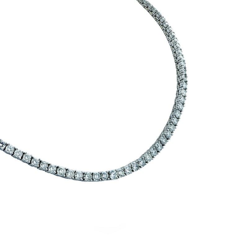 Modern Vivid Diamonds 14.61 Carat Straight Line Tennis Necklace For Sale