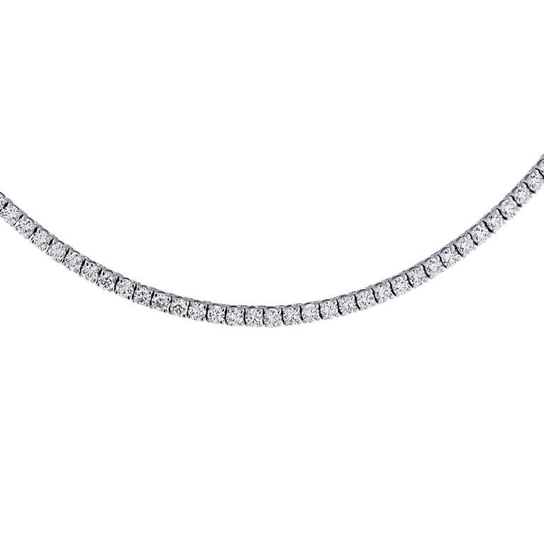 Women's Vivid Diamonds 14.61 Carat Straight Line Tennis Necklace For Sale