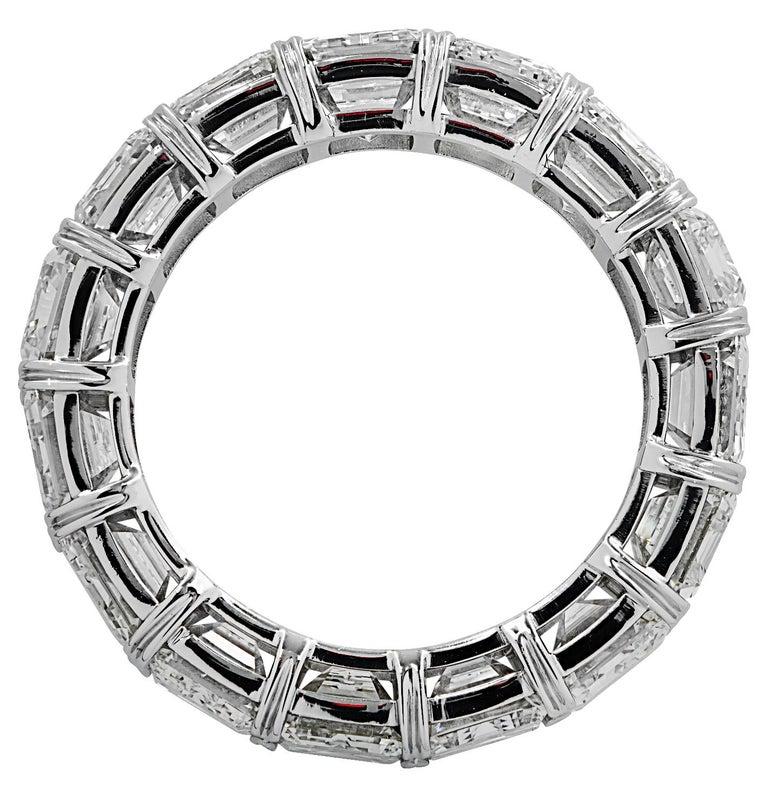 Vivid Diamonds 15.57 Carat Diamond Eternity Band  In New Condition For Sale In Miami, FL