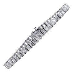 Vivid Diamonds 15.62 Carat Emerald Cut Tennis Bracelet